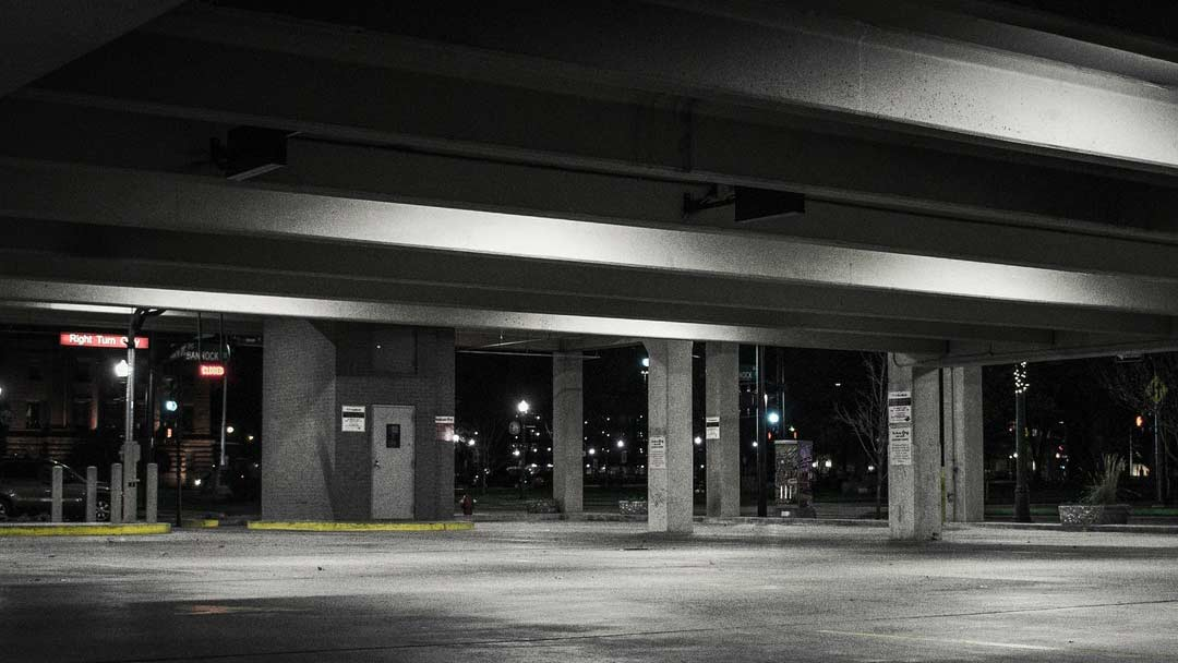 How To Reduce The Risk Of Being Hijacked When Parking Your Vehicle